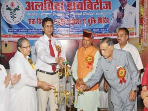 Candle lighting by B.k Sheela,Dr.Shrimant & Chief guest Sh.Ramswroop (mla)